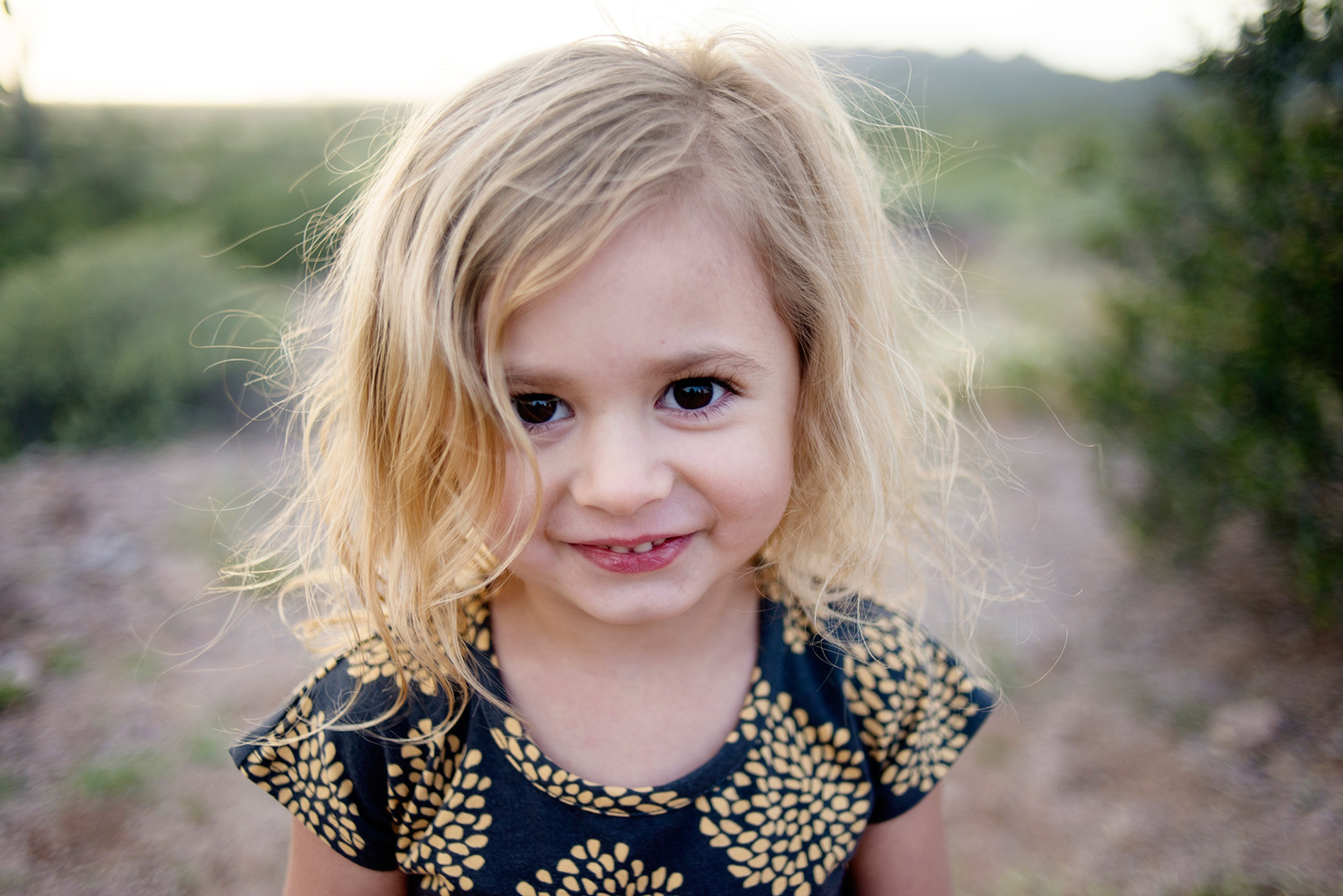 052-family-photographer-in-phoenix-takes-photos-of-children--kids--babies--families-in-mesa-arizona.jpg