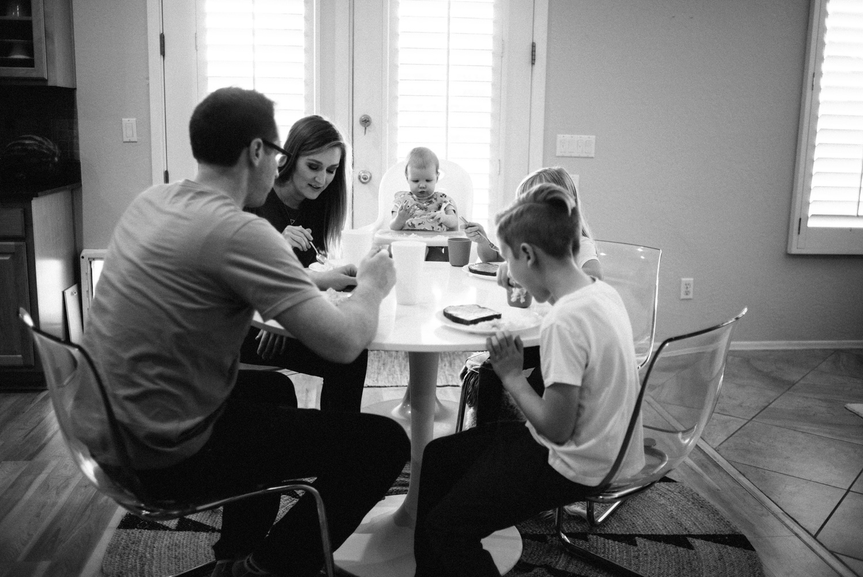 142-phoenix-documentary-family-photographer.jpg