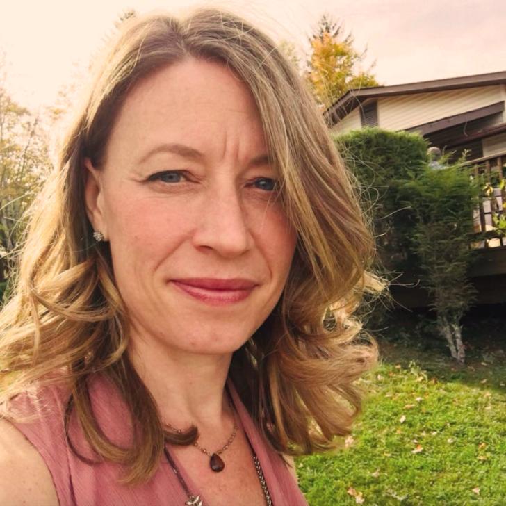 Rebecca Lazaroff  Project Manager