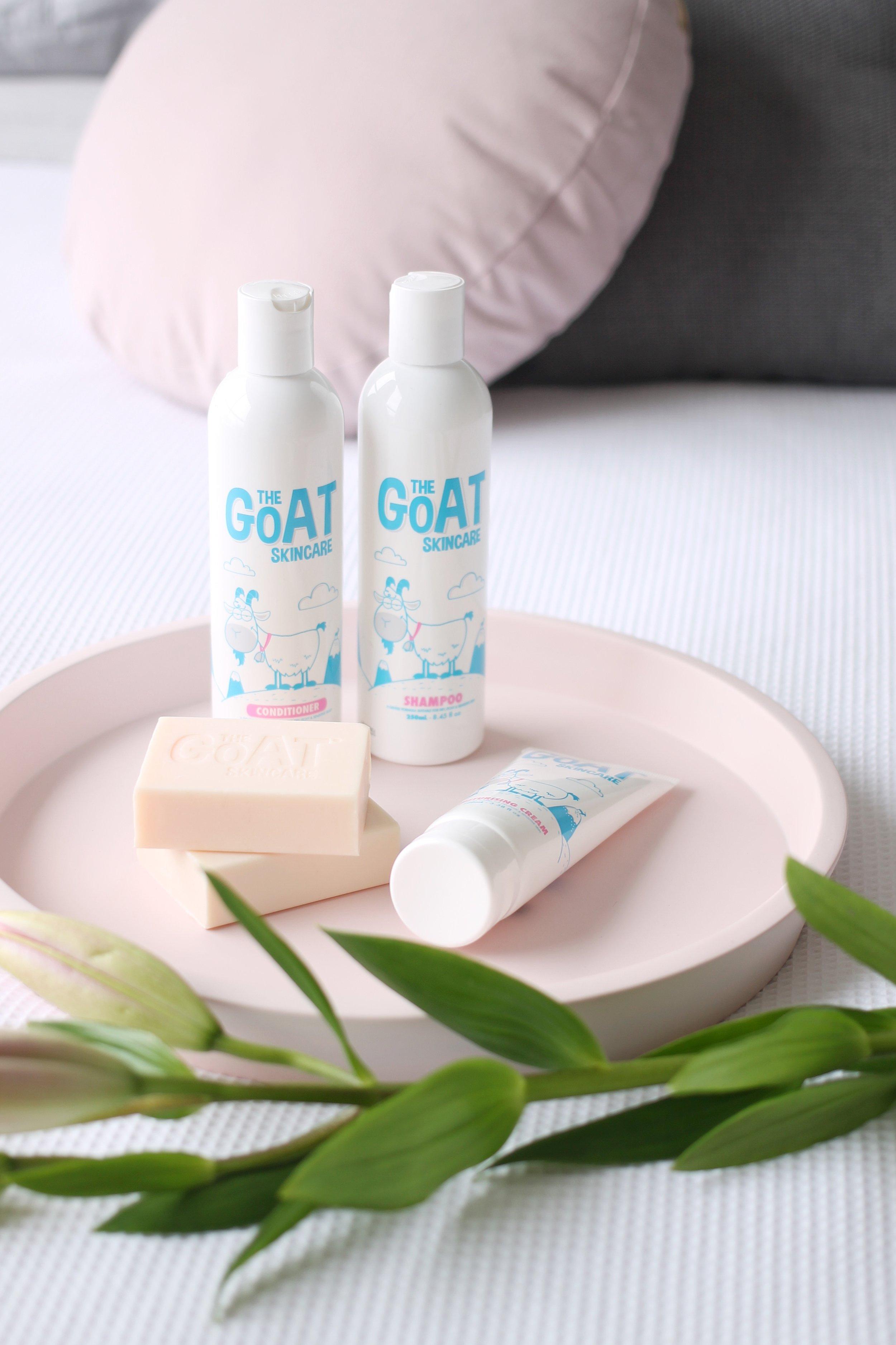 pastel pink beauty bath product styling