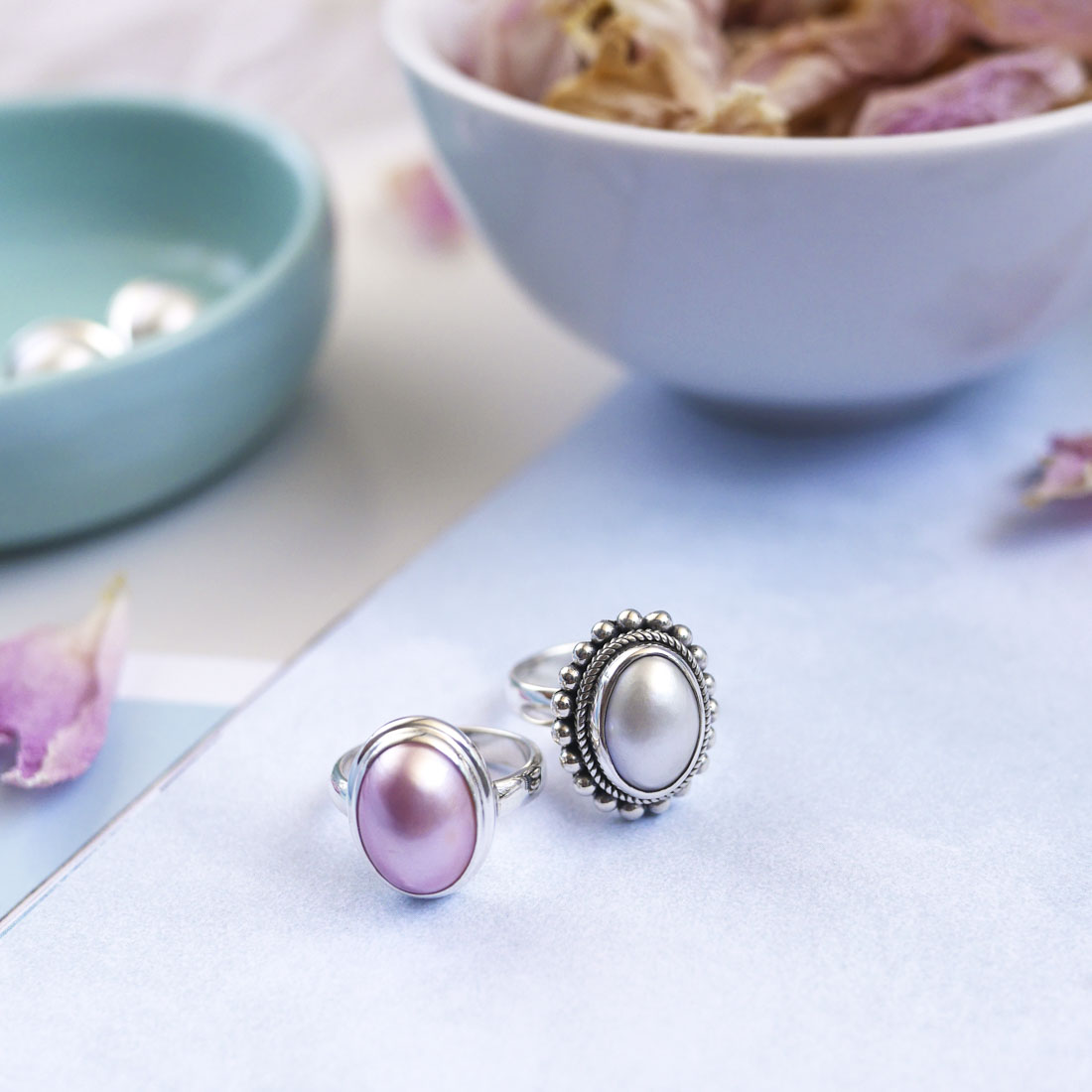 colour pop pearl jewellery product photo