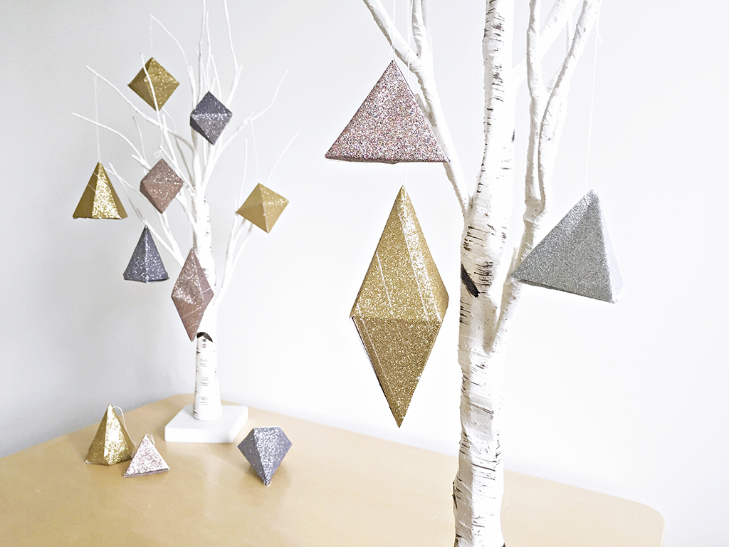 Styled_11_Geometric_Glitter_Decorations_by_Clever_Poppy_with_Scotch_Expressions_Tape.jpg