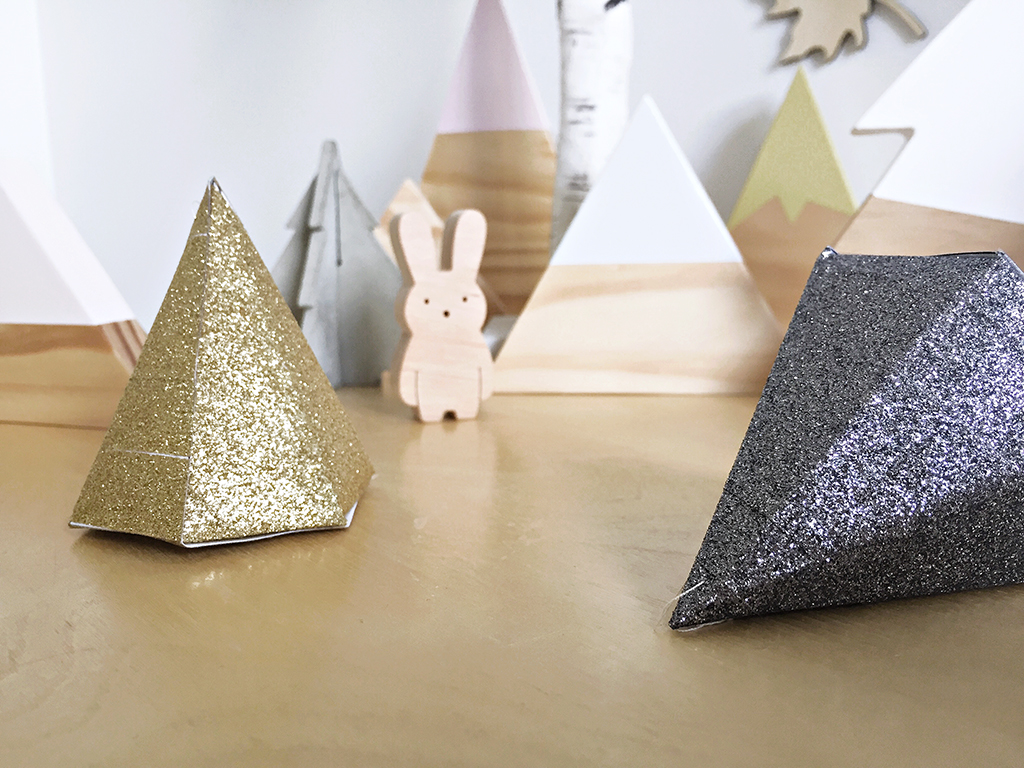 Styled_9_Geometric_Glitter_Decorations_by_Clever_Poppy_with_Scotch_Expressions_Tape.jpg