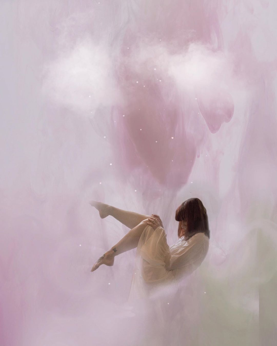 Pink, dreamy and ethereal by  @imagineamy_
