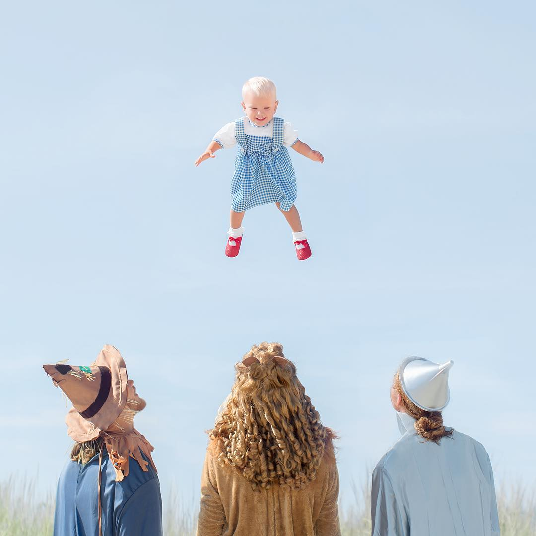 The Wizard of Oz themed photo with Patti's children. Source:  @pattischmidt