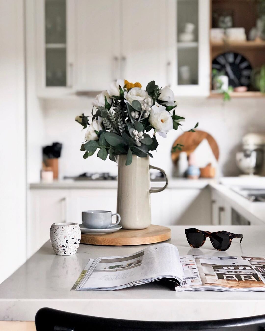 A beautiful vignette at the Kitchen bench. Source:  @white.grey.all.day