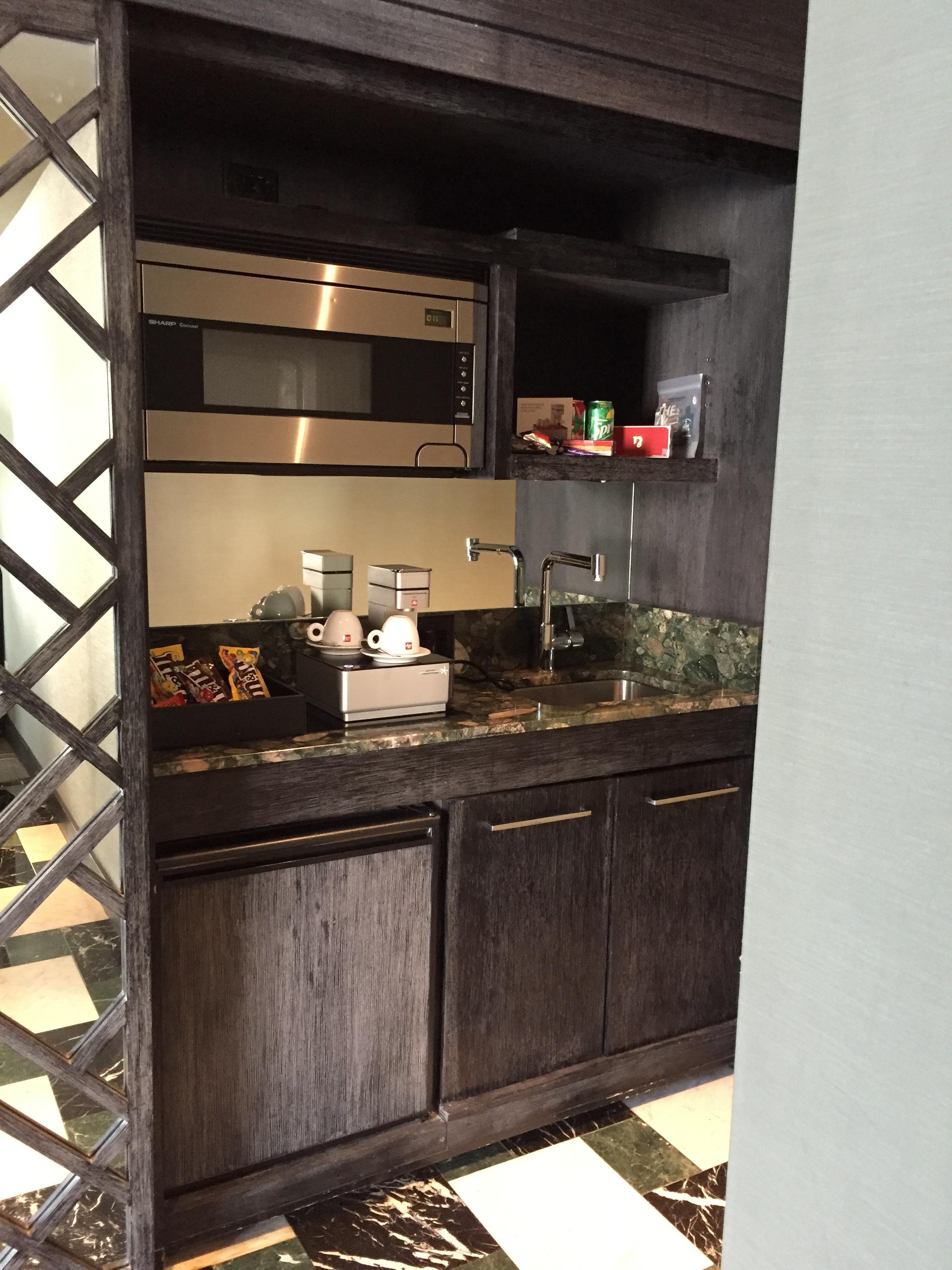 Viceroy Miami Corner Suite Kitchenette