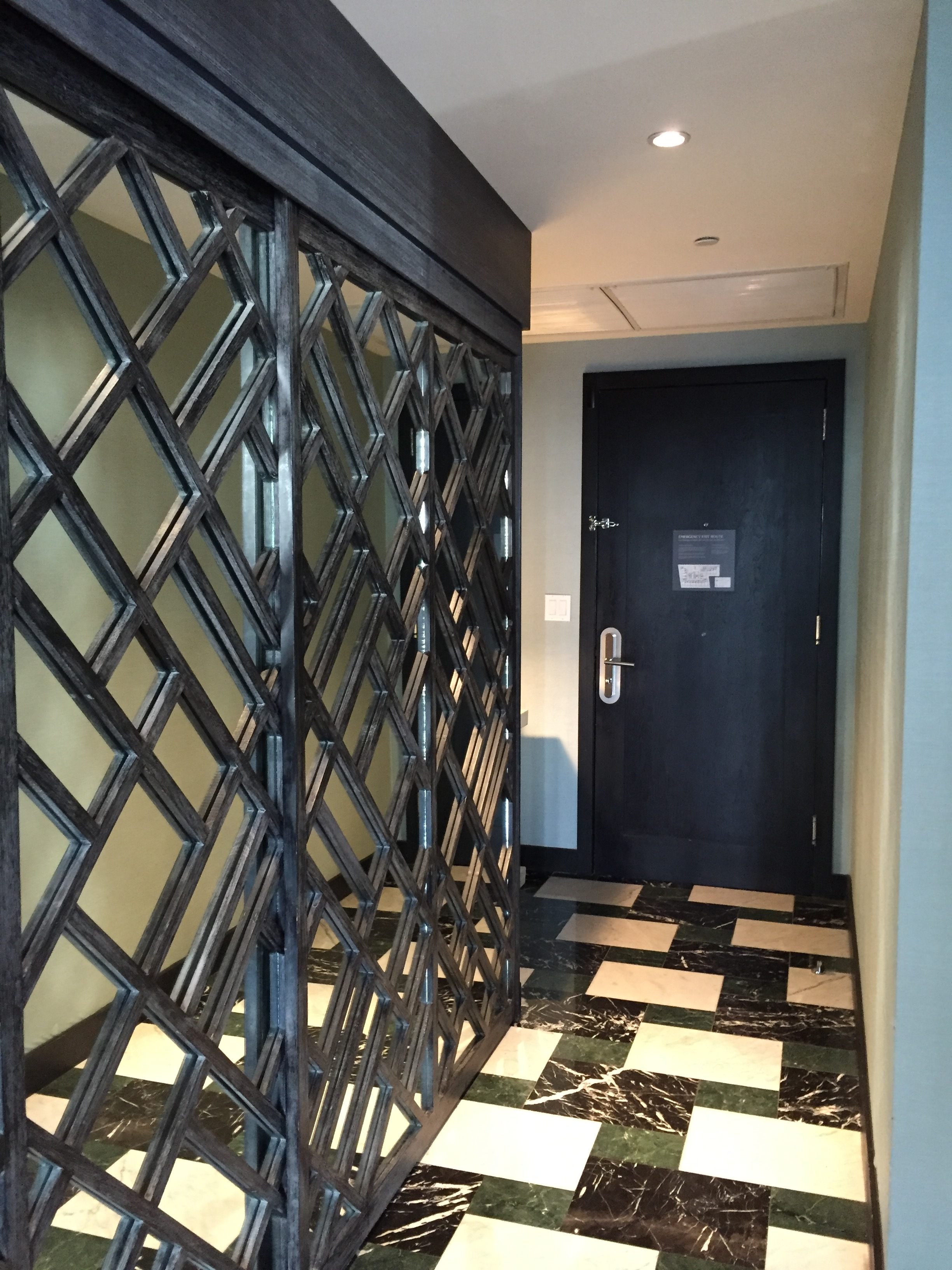 Viceroy Miami Corner Suite Mirror Closet Sliding Doors