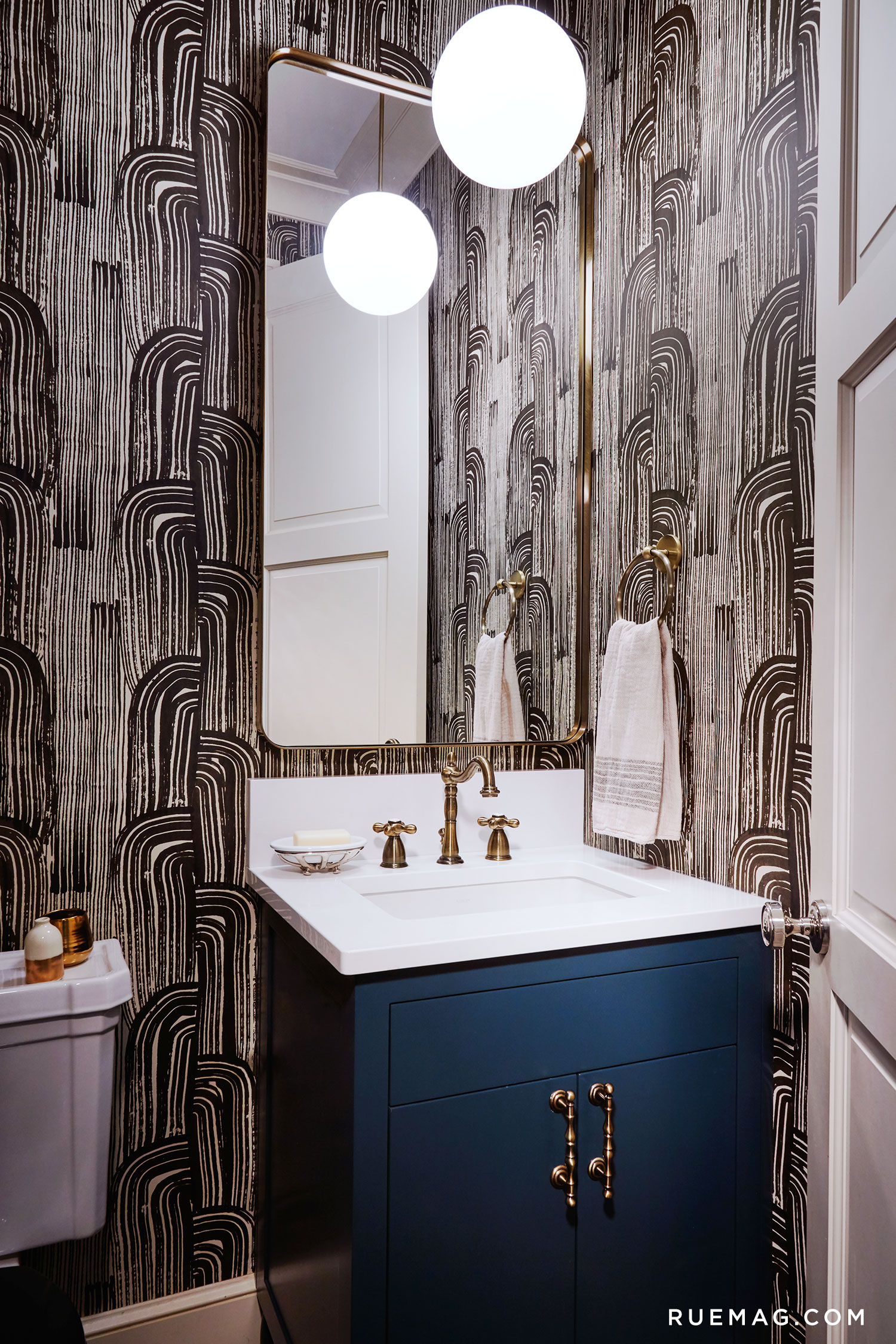 Eclectic Chicago Greystone Powder Room