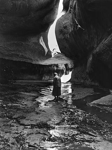 Georgia_OKeeffe_in_Twilight_Canyon_Lake_Powell_1964.jpg