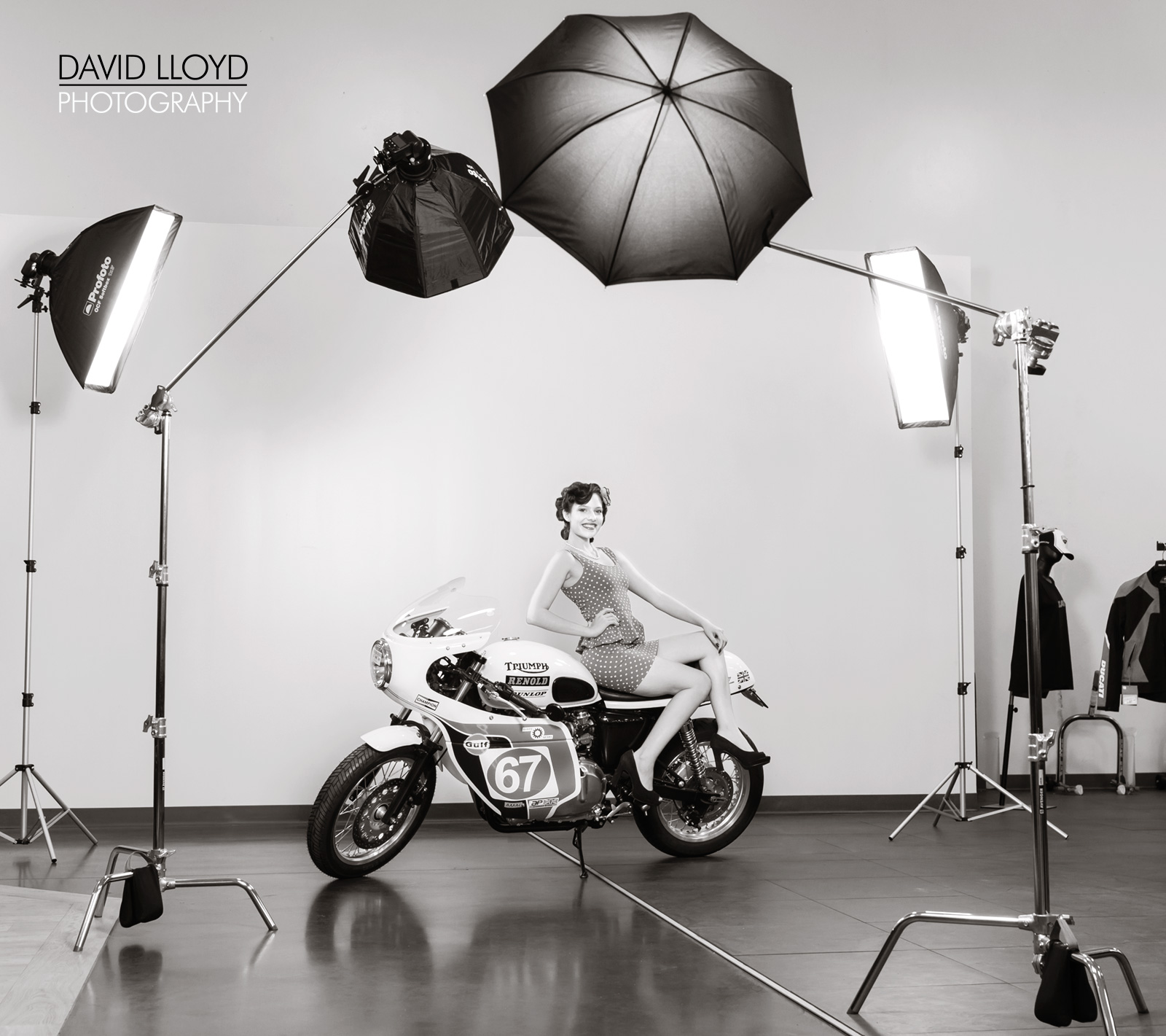 Sample lighting scenario with Profoto OCF Speed-Light Adapter