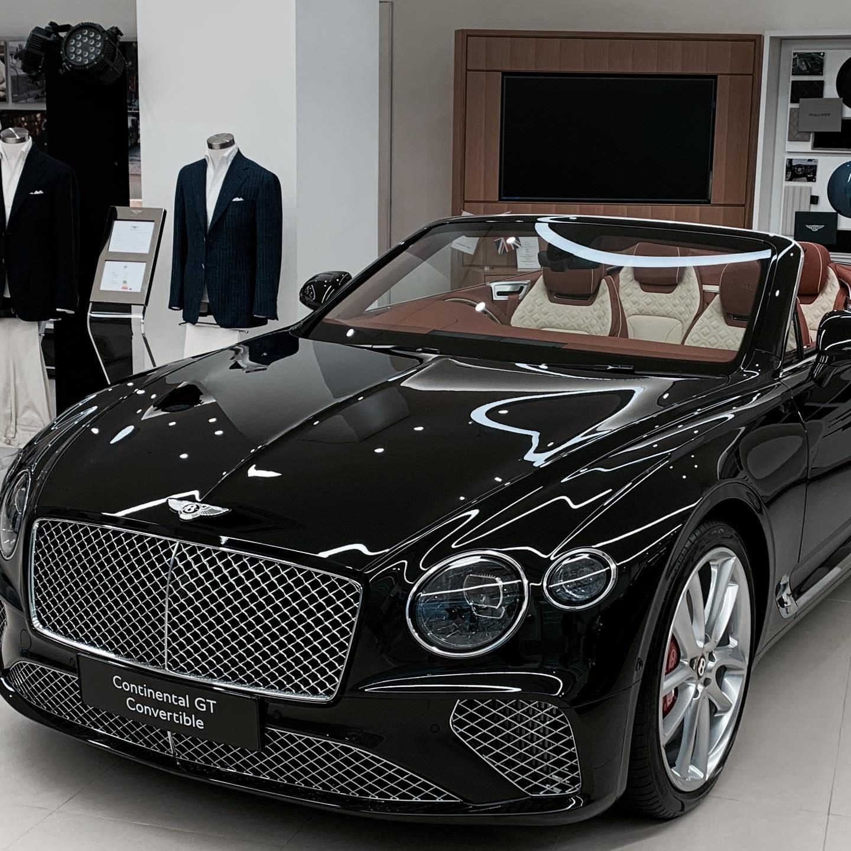 Magnus & Novus x Bentley.JPG
