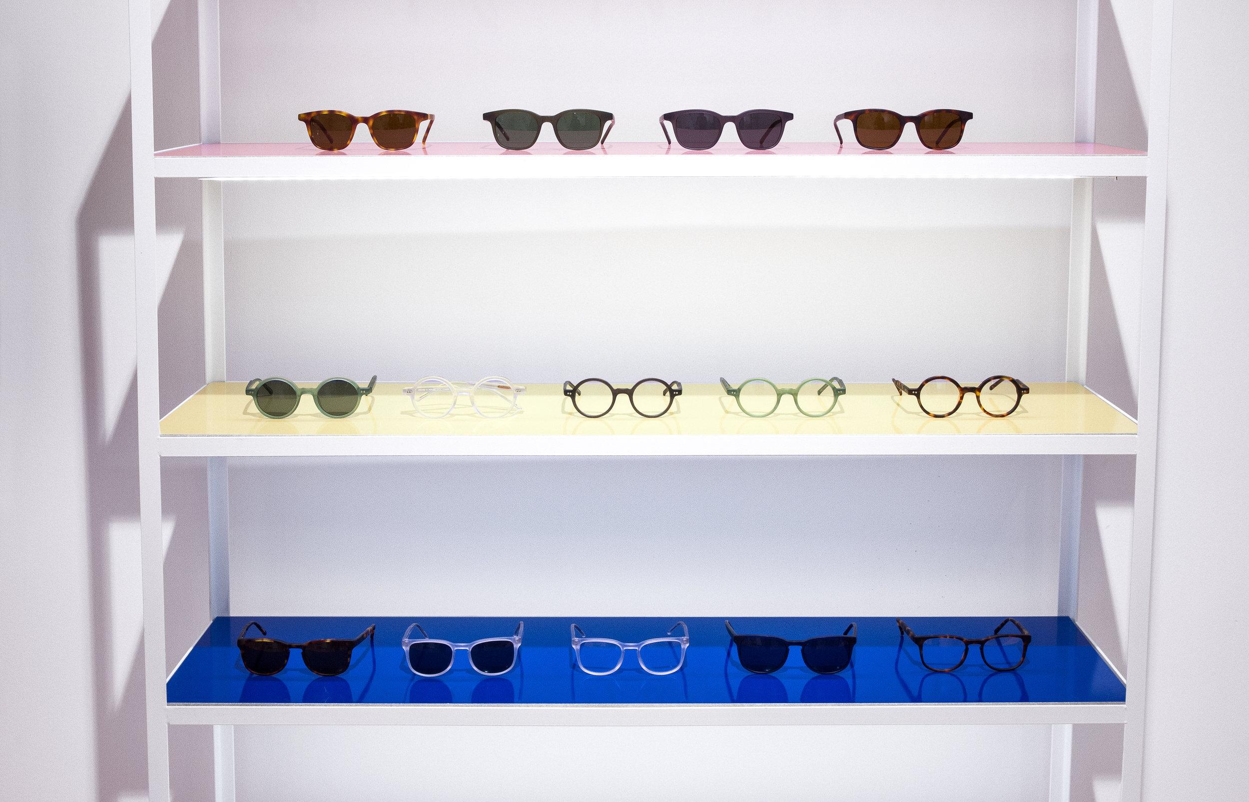 kaibosh_31_eyewear-shelfs.jpg