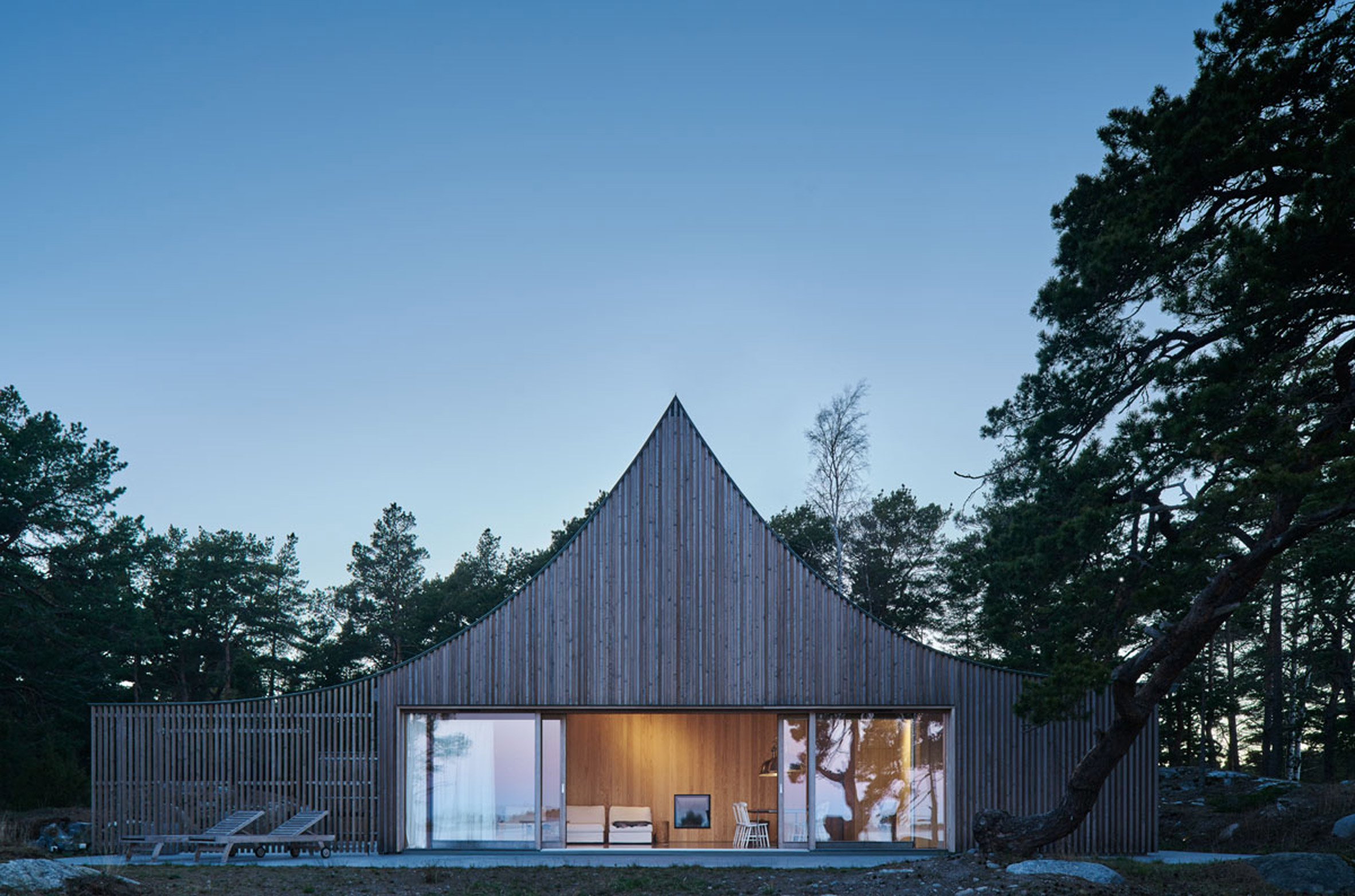 krokholmen-house-tham-videgard-architecture_dezeen_2364_col_11.jpg