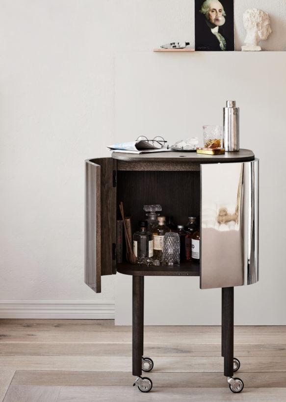 Loud_bar-cabinet-Northern-Photo_Chris_Tonnesen-Low-res-583x819.jpg
