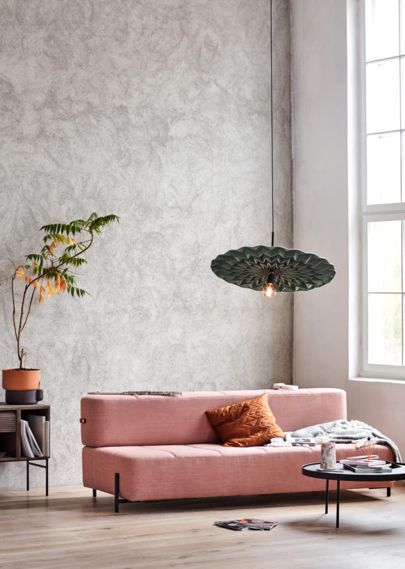 Daybe_sofa_pink-Northern_Photo_Chris_-Tonnesen-Low-res-583x819.jpg