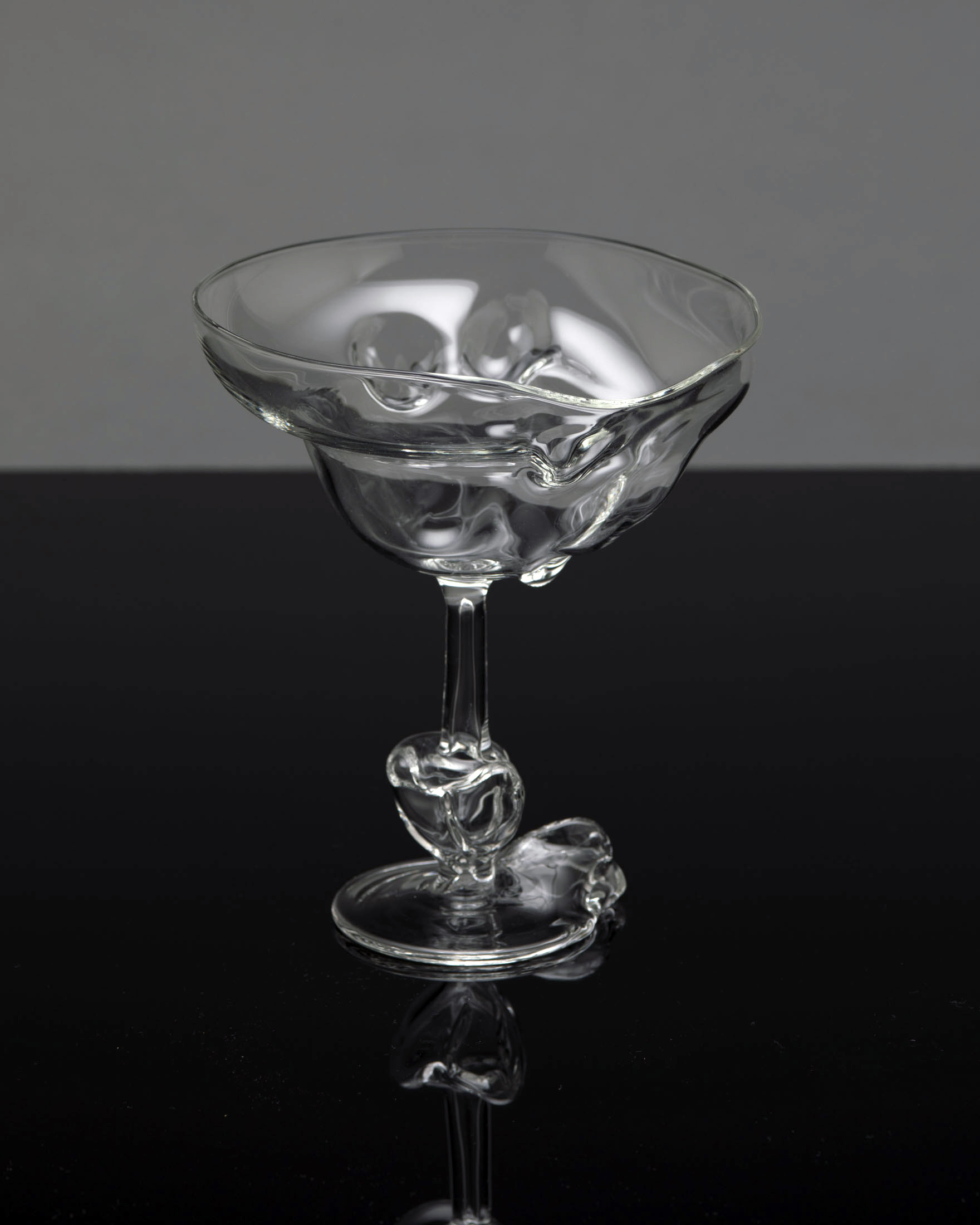 TheSeondLine-glass1.jpg