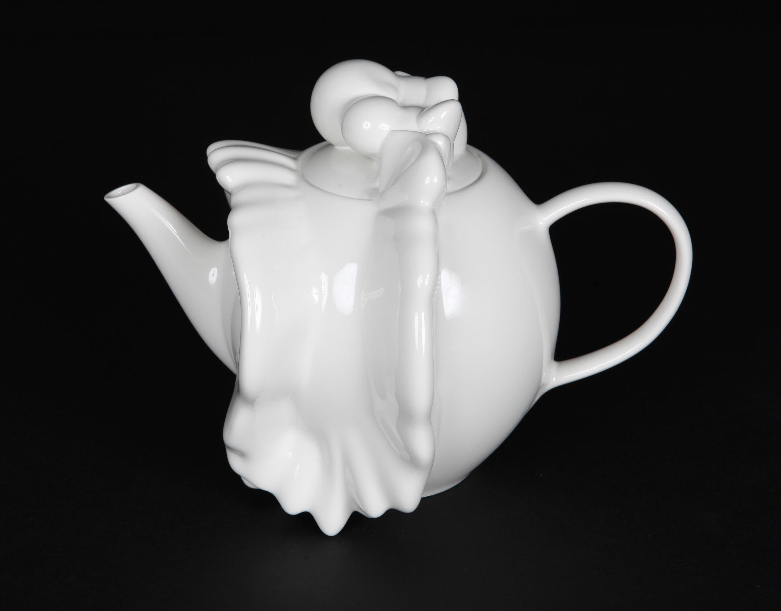 CROSSFIRE_teapot©StuartJohnstone.jpg