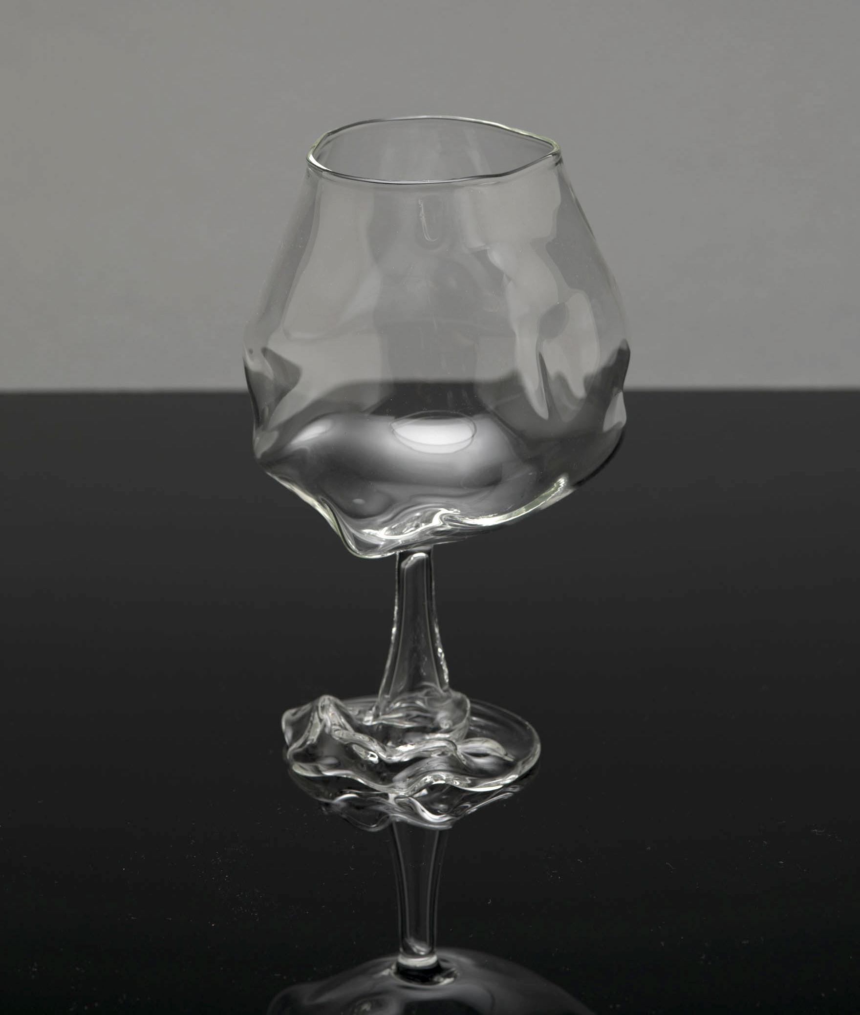Mann_Geoffrey_TheSecondLine_Glass3.jpg