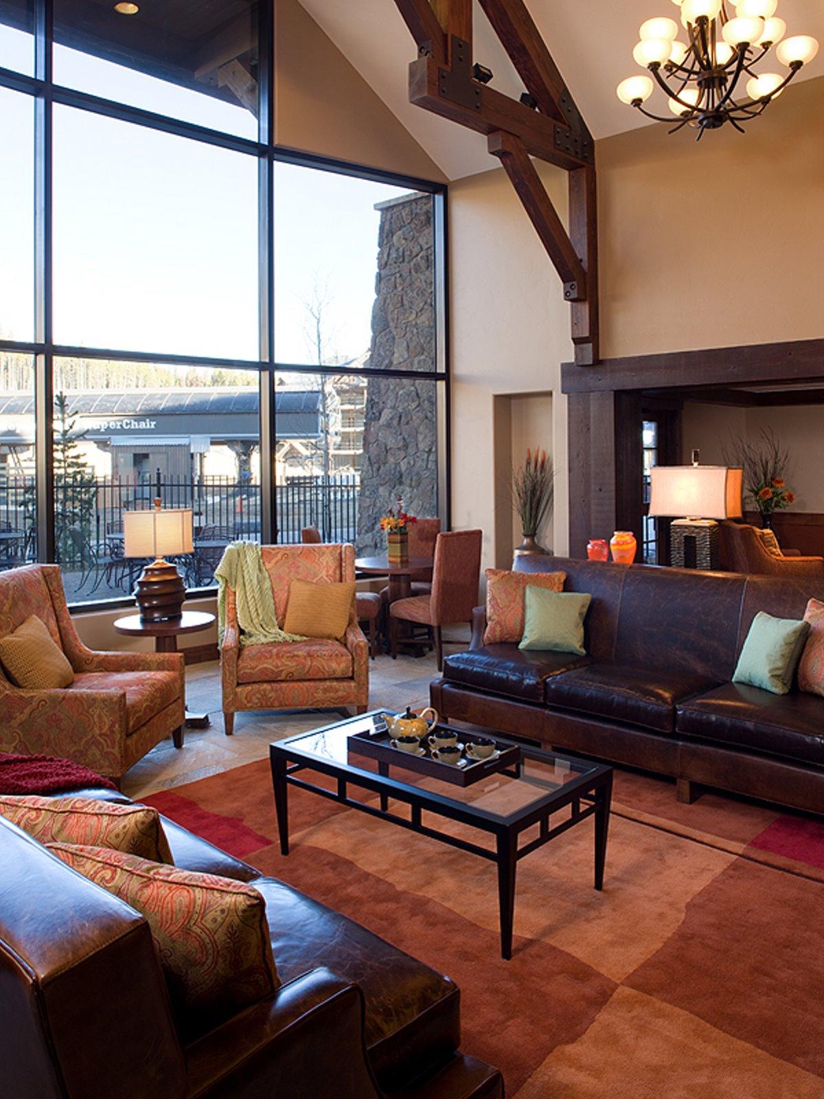 Crystal Peak Lodge (2)web.jpg