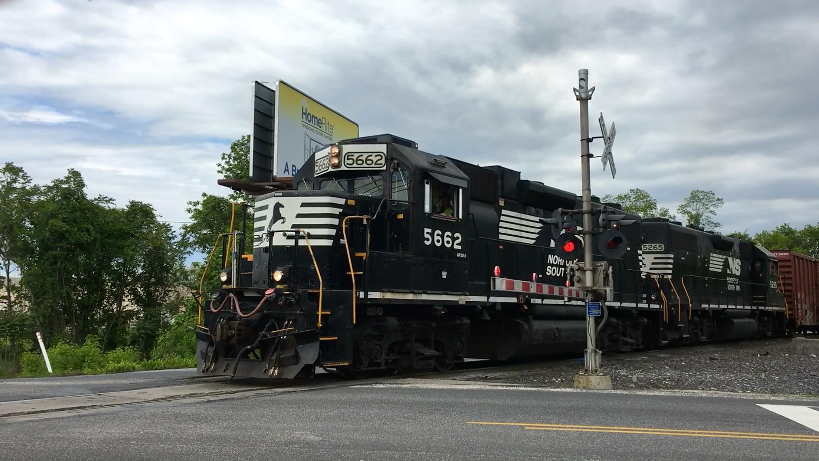 St. John's Church Road railroad crossing, Cumberland County