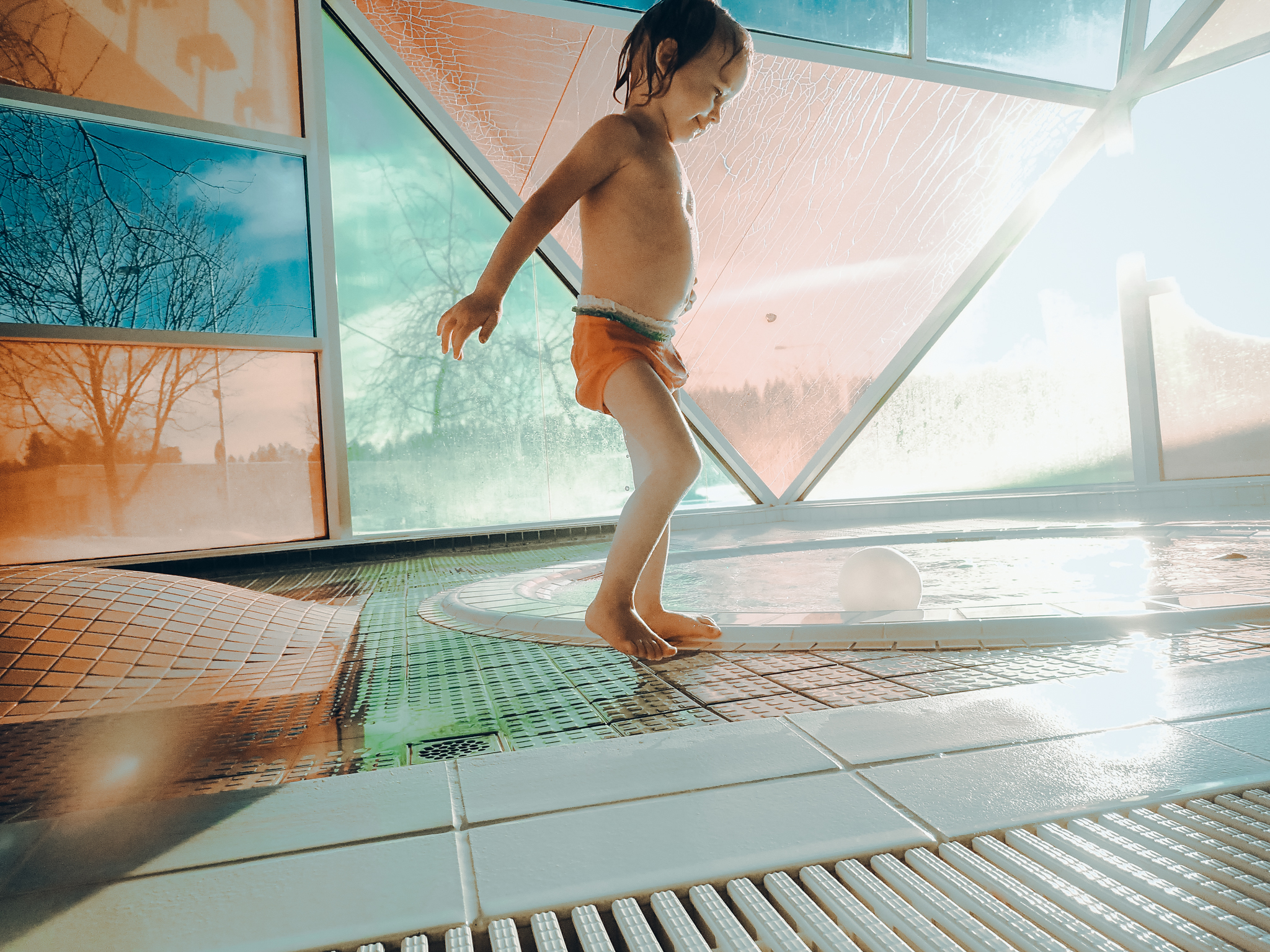 Child in swimming hall