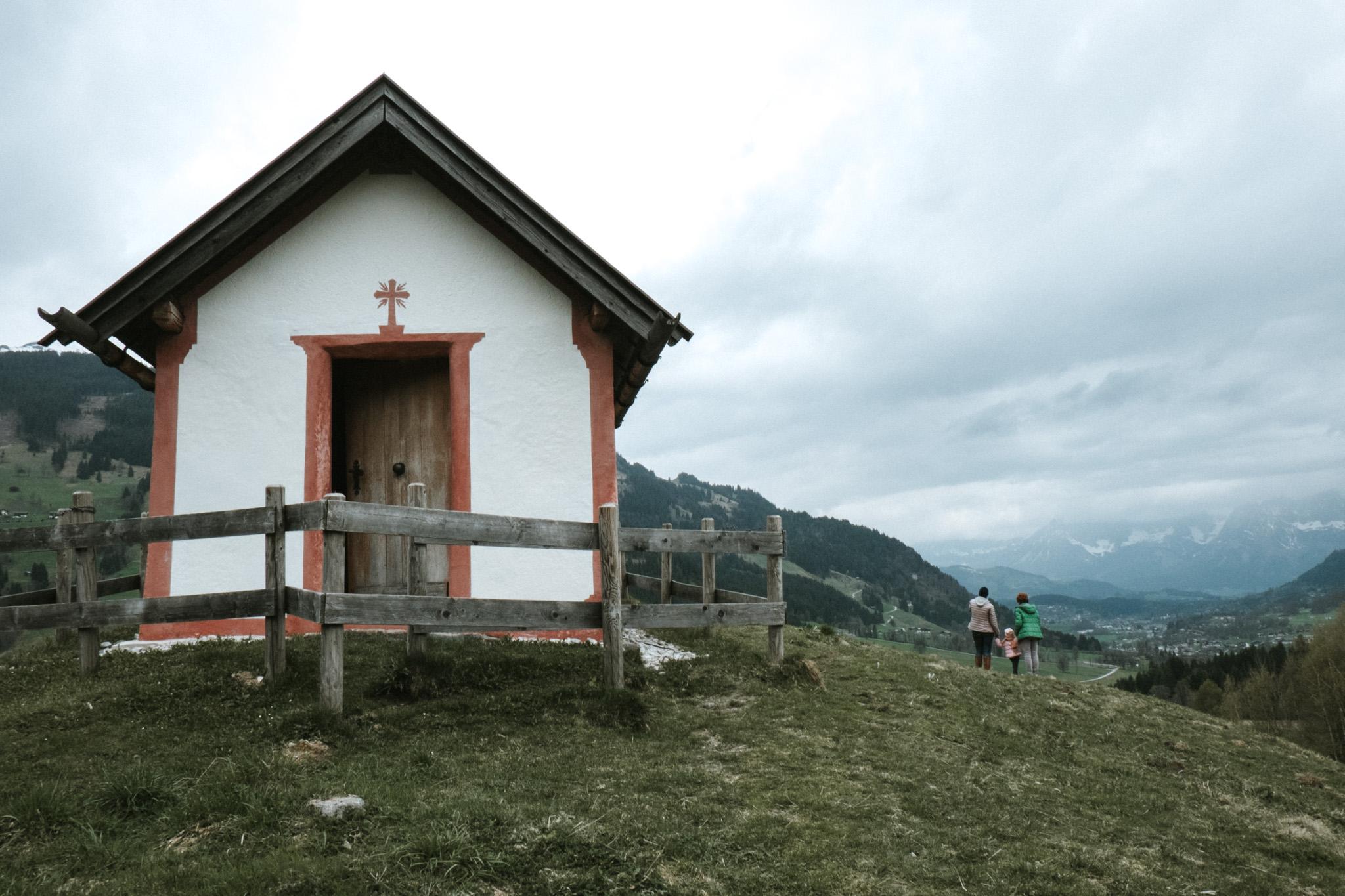 2017-04-13-Auracher Kapelle-8_LR edited_web.jpg