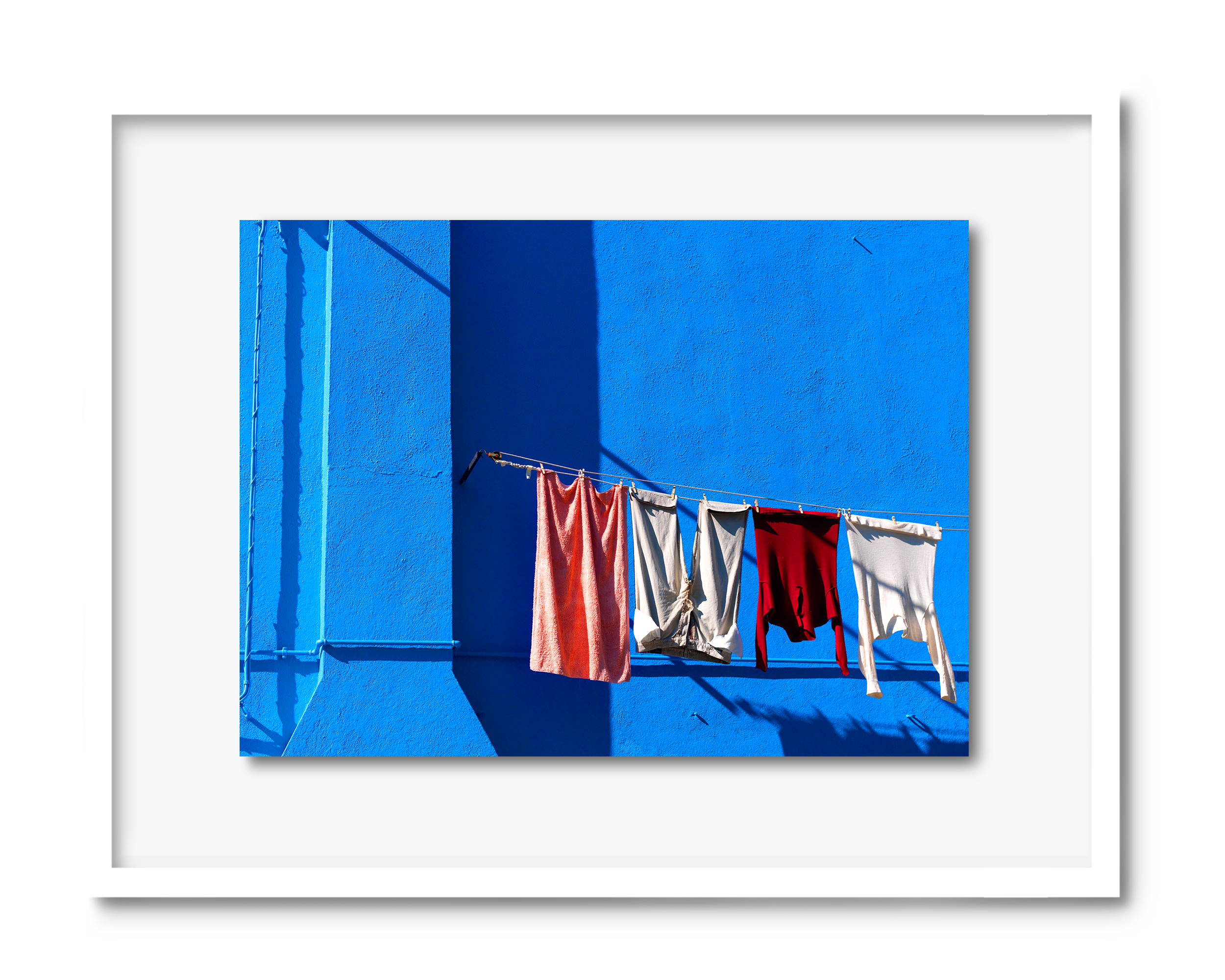 19.david-pearce-blue-building-venice.png