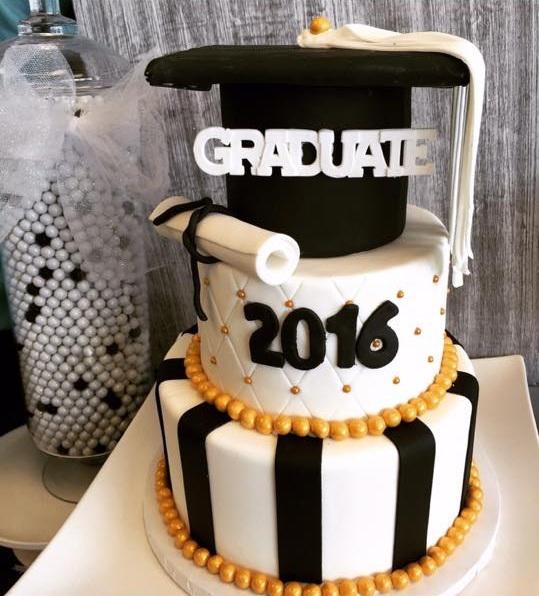 Grad+cake+1.jpg