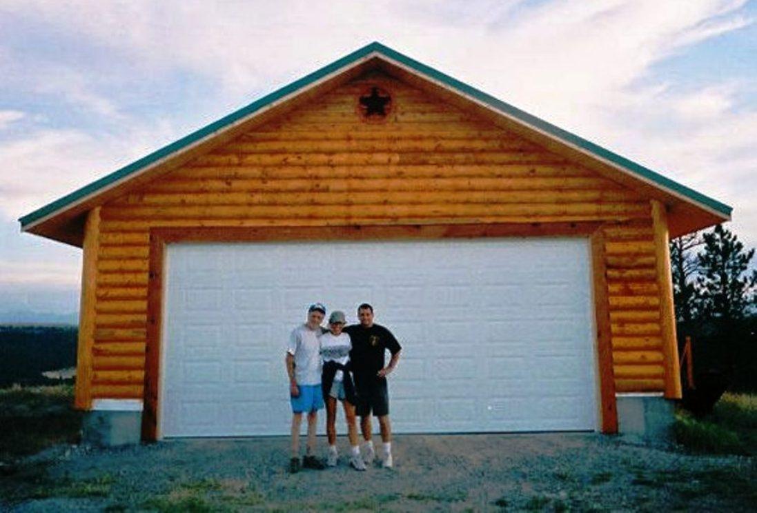 Kaplans at SR1 Garage 2005 (pre-fire)