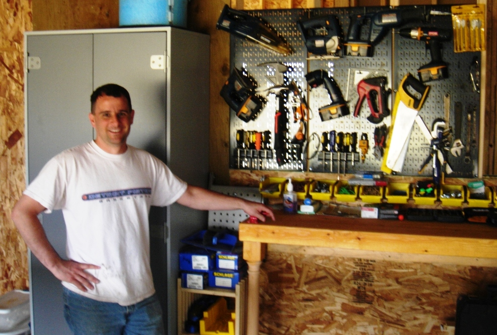 2008-05-30 - Jay in front of the Seiver Ranch Work Bench.JPG