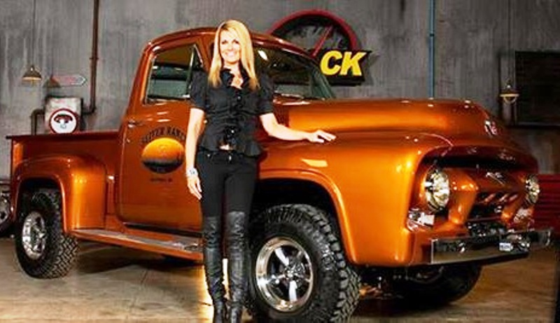 2013-08-24 - Courtney of PowerBlock TV and the Seiver Ranch Truck.jpeg