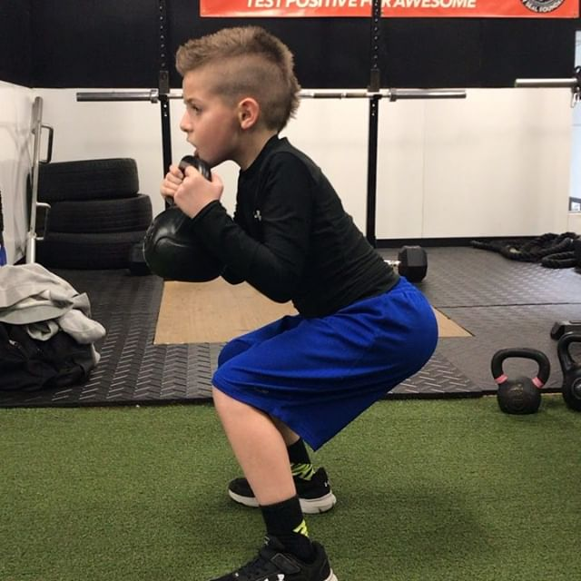 Spent the day perfecting some staple movement patterns. Both these guys move and learn so quickly for their ages and are on their way to being incredible athletes as well as leaders. #relentless #squats #lunges #deadlift #rdl #youngsters #athlete