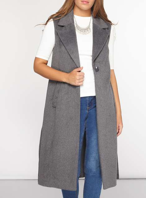 Sleeveless coat 3.jpg