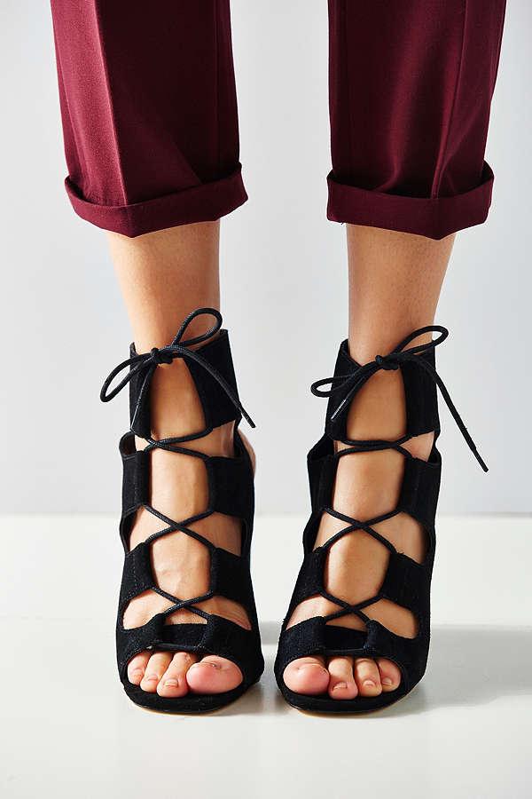 Lace up Heel.jpeg
