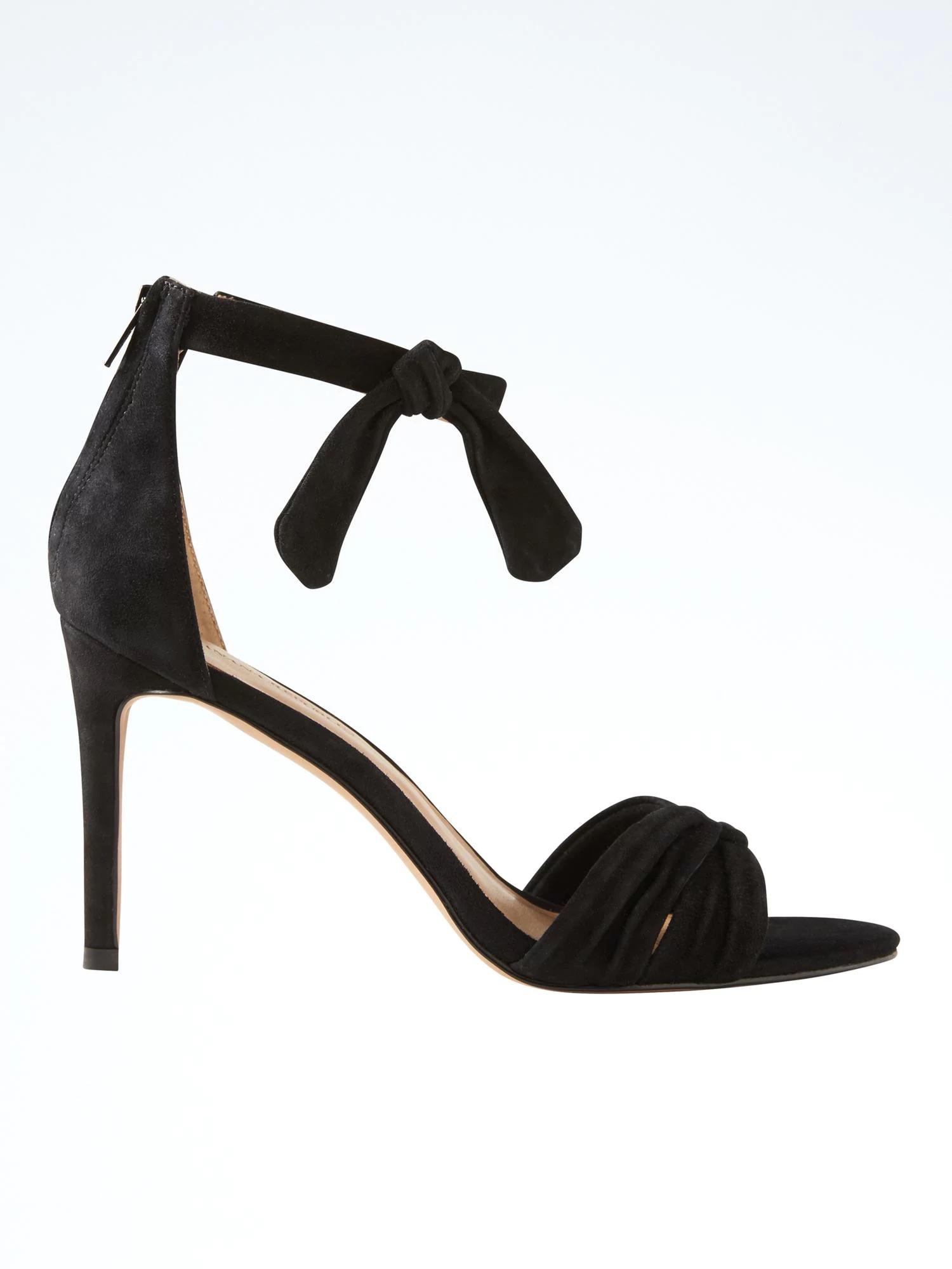 bow heel.jpg