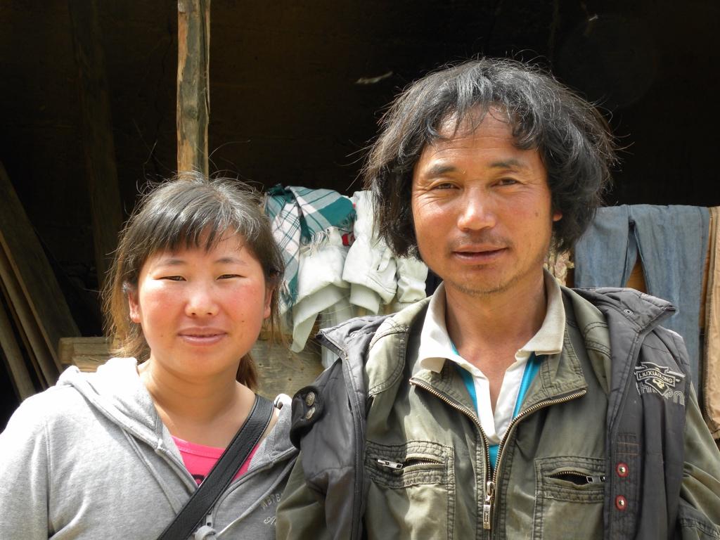 On left, LaMu, guide in Zhongdian