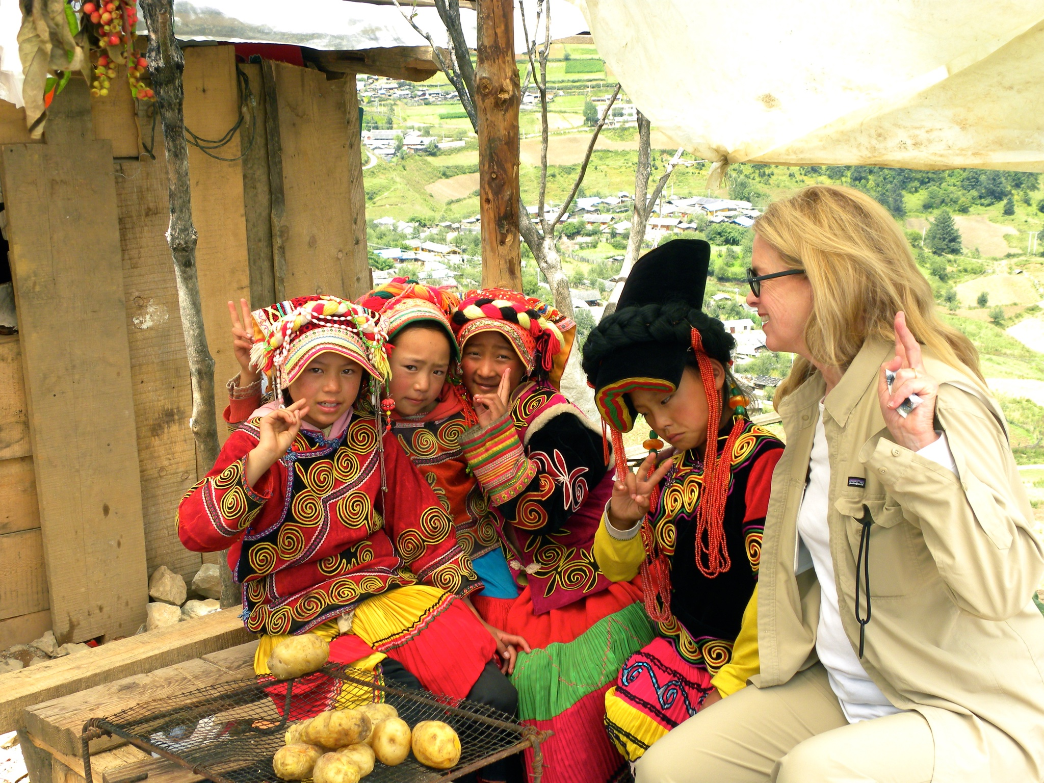 Jo with kids, Tibetan area of China