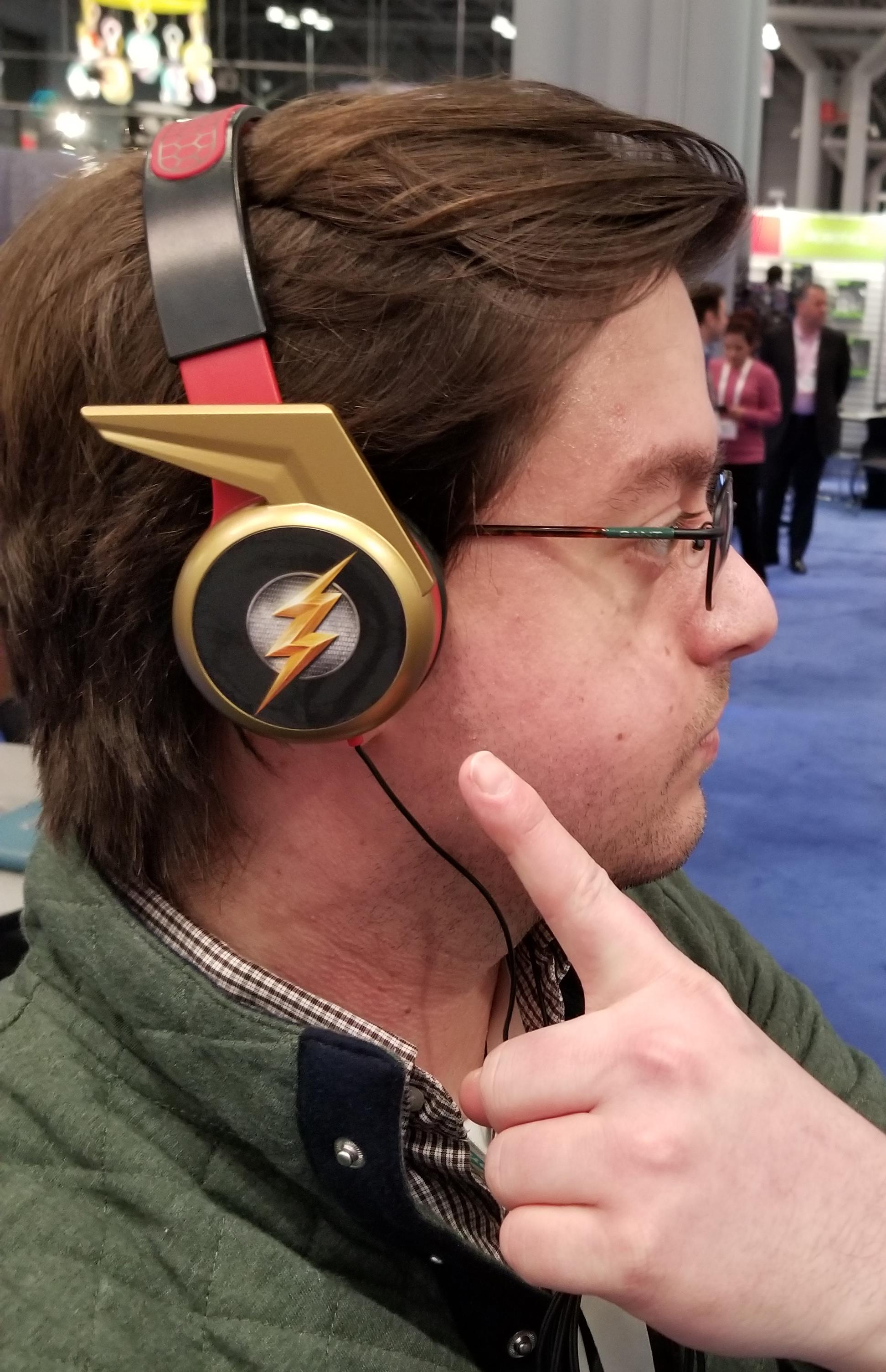 ~~ FLASH ~~ DC Heroes Headphone design