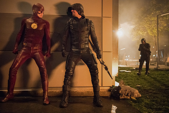 indie-music-and-television-blog-the-flash-barry-and-oliver-invasion