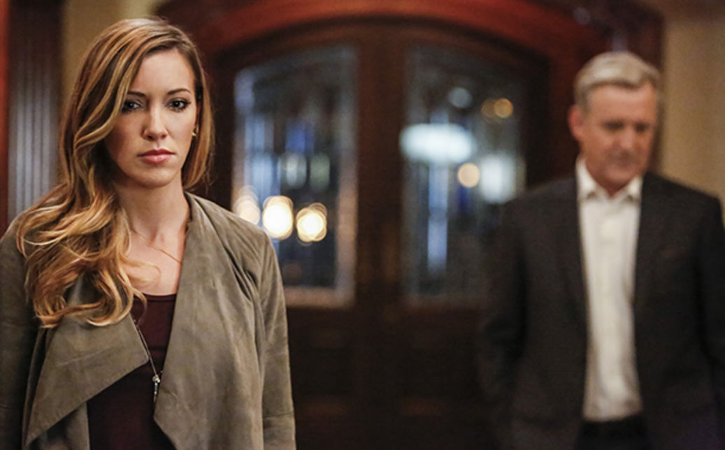 indie-music-and-television-blog-the-flash-crossover-laurel-and-mr-queen