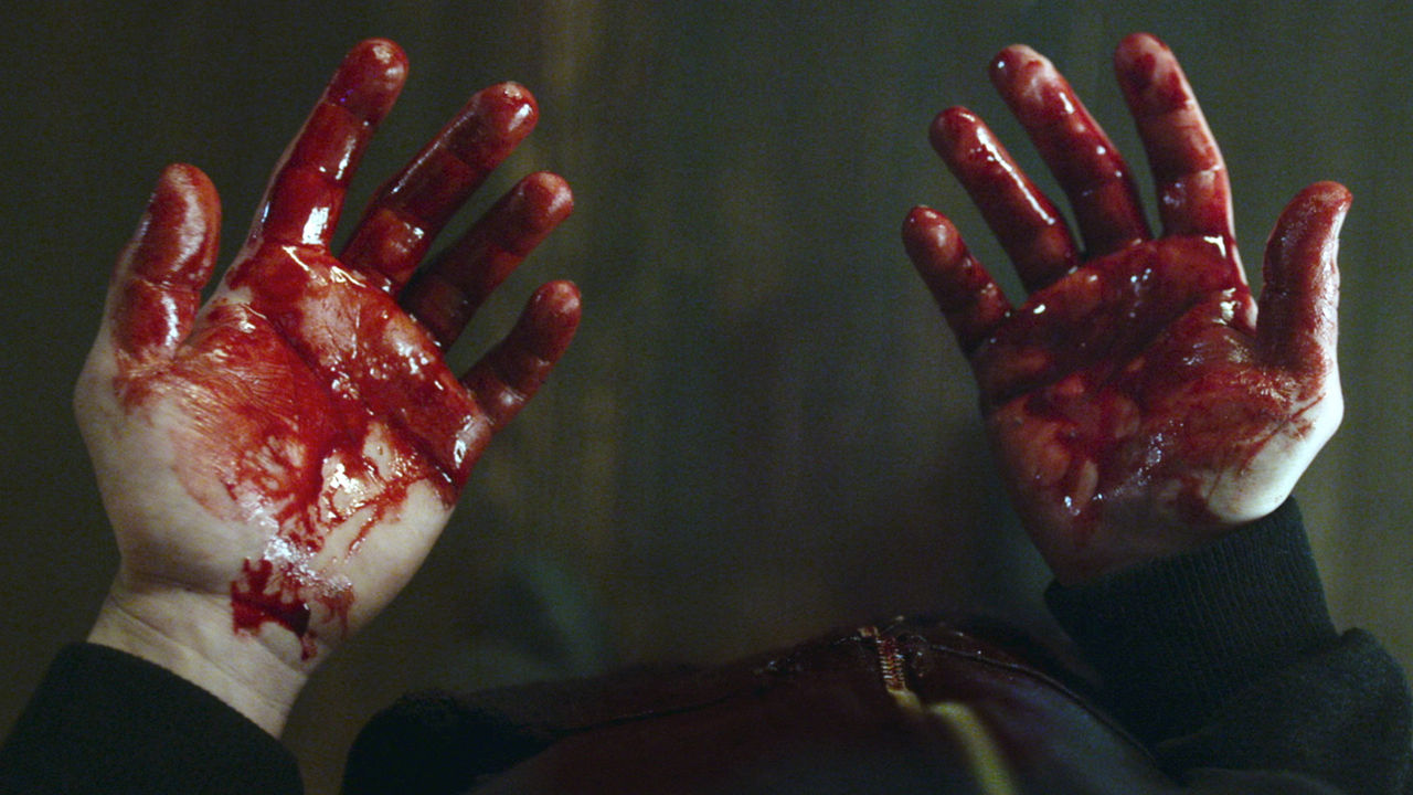 indie-music-and-television-blog-mr-robot-elliot's-bloody-hands