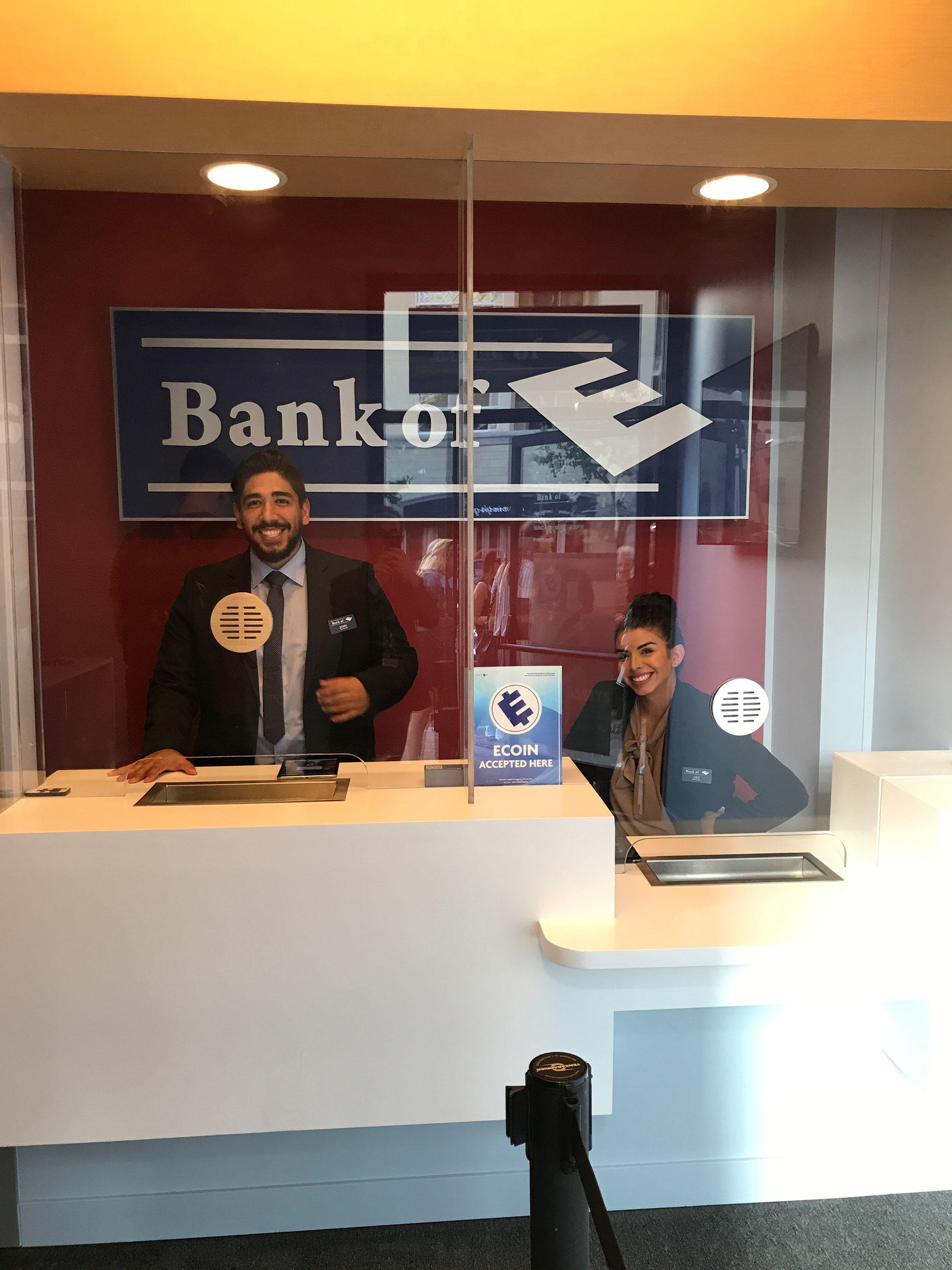 indie-music-and-television-blog-mr.-robot-bank-of-e