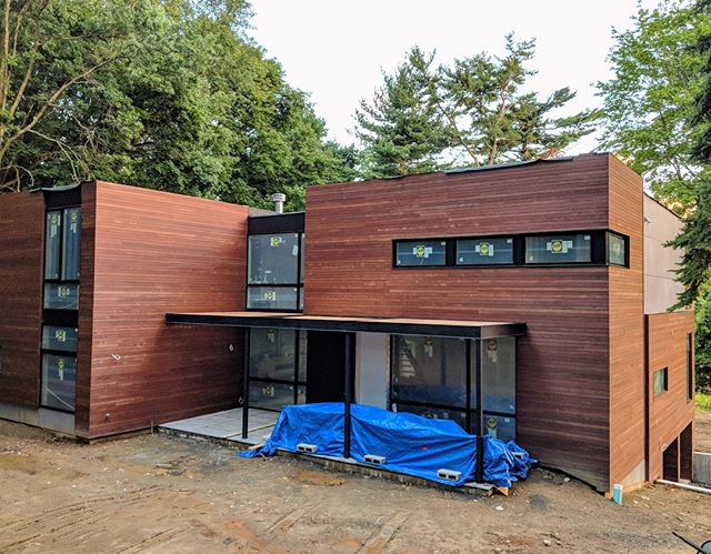 Coming along nicely... t-minus 1 month! #westchester #ardsley #modernhomes #newconstruction #luxuryrealestate #luxuryhomes #moderndesign