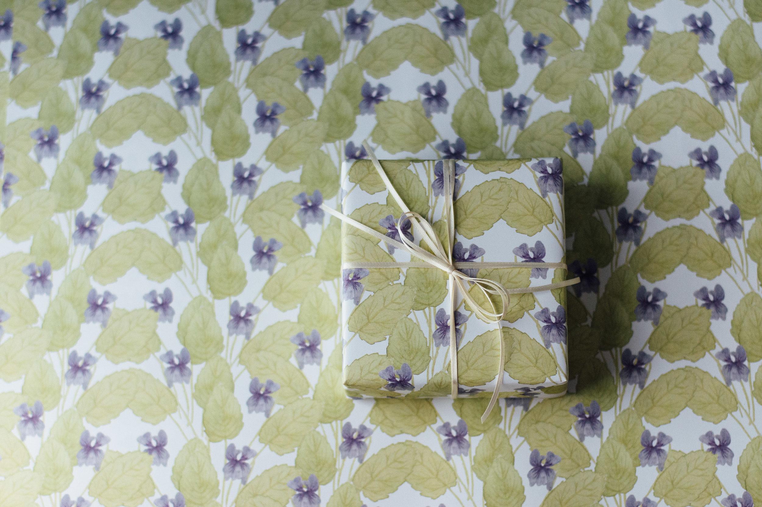 Violet Gift Wrap