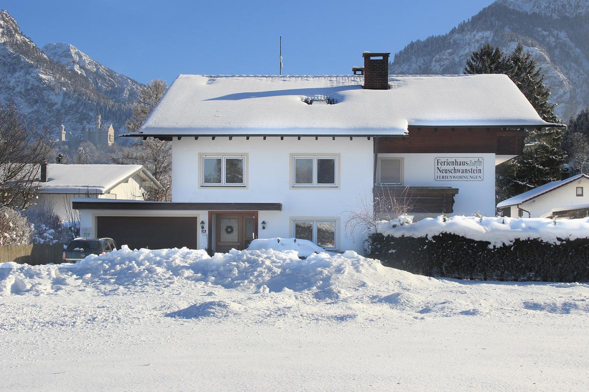 Ferienhaus-Neuschwanstein-Winter.jpg