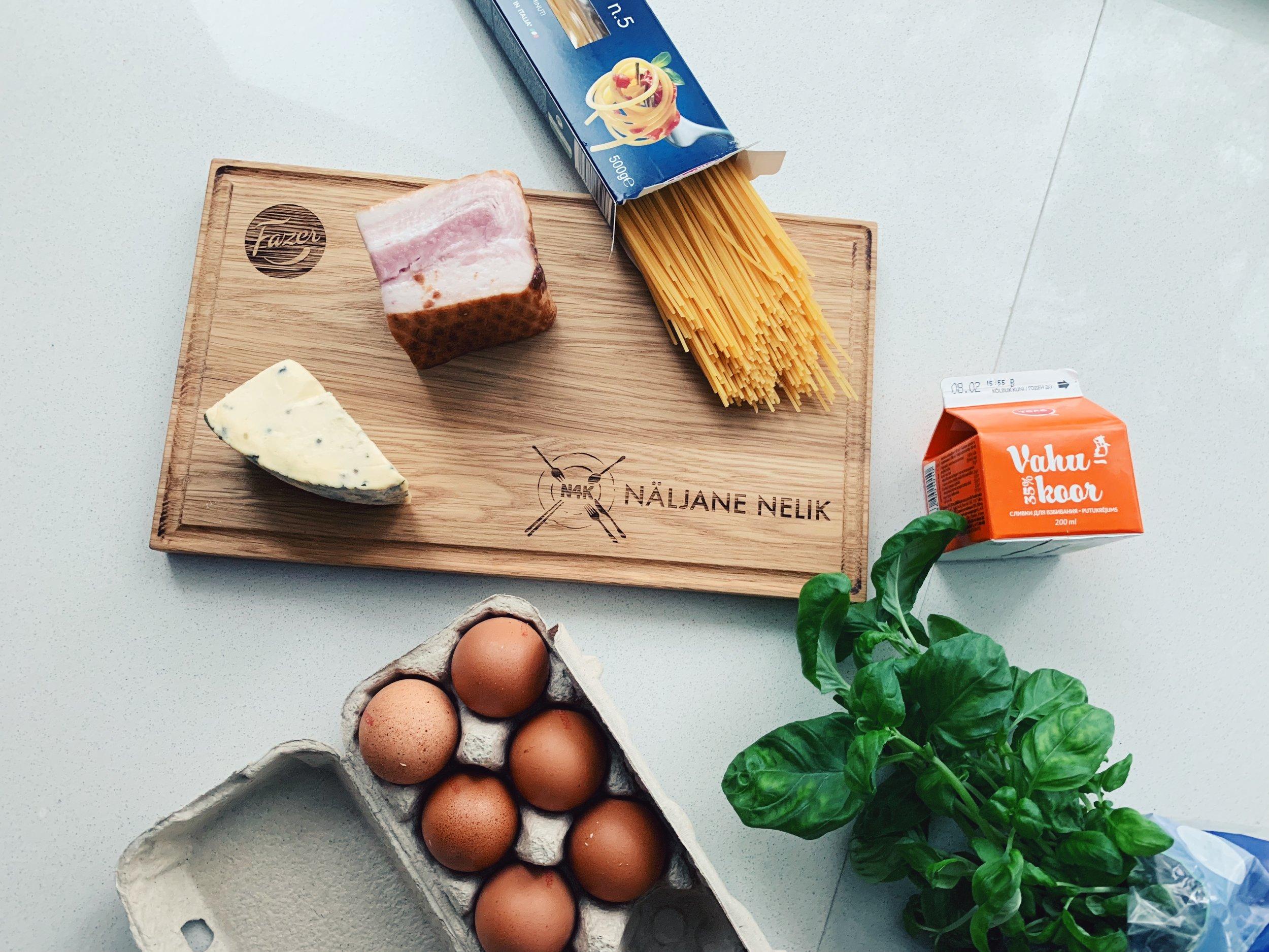 Suitsusingi ja hallitus-juustu pasta - Because who doesn't like pasta?