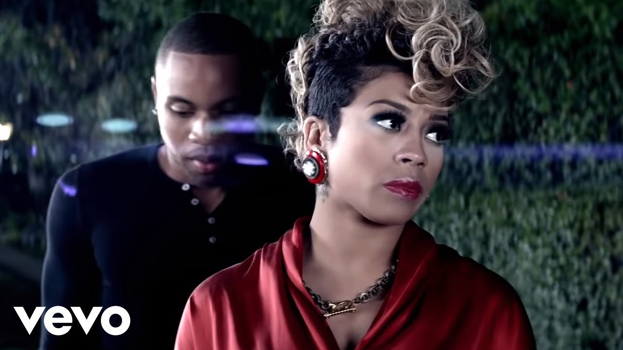 ARCHIVES - Kiesha Cole in the Eyes clip on earrings and toggle necklace.