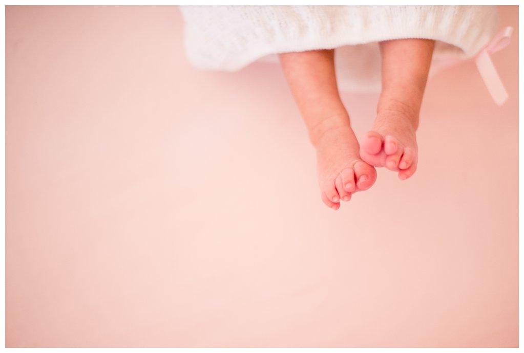 Baby toes baby girl newborn Houston Texas pink crib