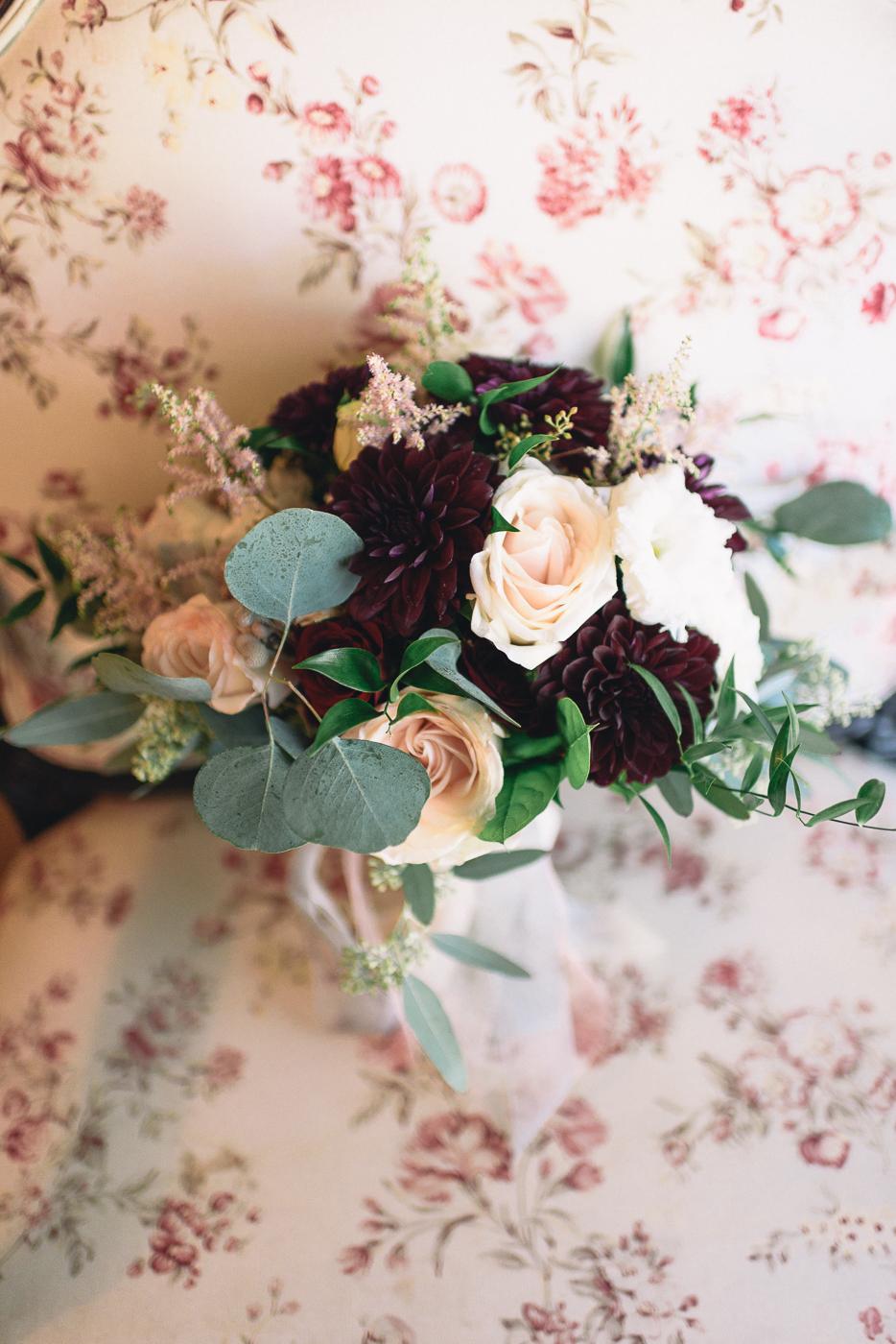 wedding flowers bouquet pink rose dahlias